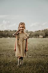 Detské oblečenie - Ľanové šaty s veľkým volánom a mašľou (prírodná - piesková) - 12620573_