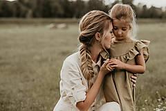 Detské oblečenie - Ľanové šaty s veľkým volánom a mašľou (prírodná - piesková) - 12620591_