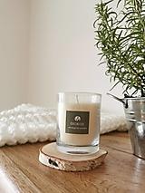 Svietidlá a sviečky - Prírodná vonná sviečka v skle | levanduľa-rozmarín - 12630552_