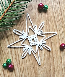 Dekorácie - Háčkovaná ozdoba na vianočný stromček - hviezdička - 12627083_