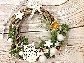Dekorácie - Vianočný veniec na dvere - 12633329_