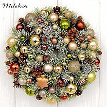 Dekorácie - Vianočný veniec do zlata - 12633178_