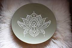 Nádoby - Drevená ručne maľovaná olivová misa Lotosový kvet - 12634799_