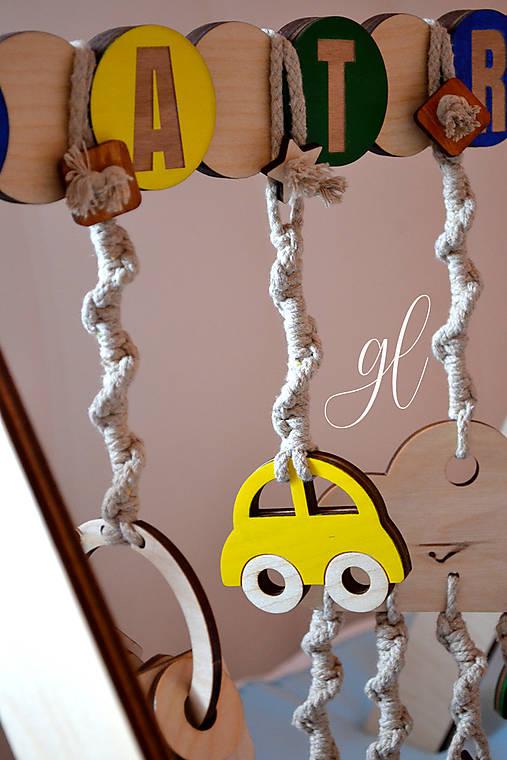 Drevená hrázdička pre deti (autíčko (uveďte farbu do poznámky))