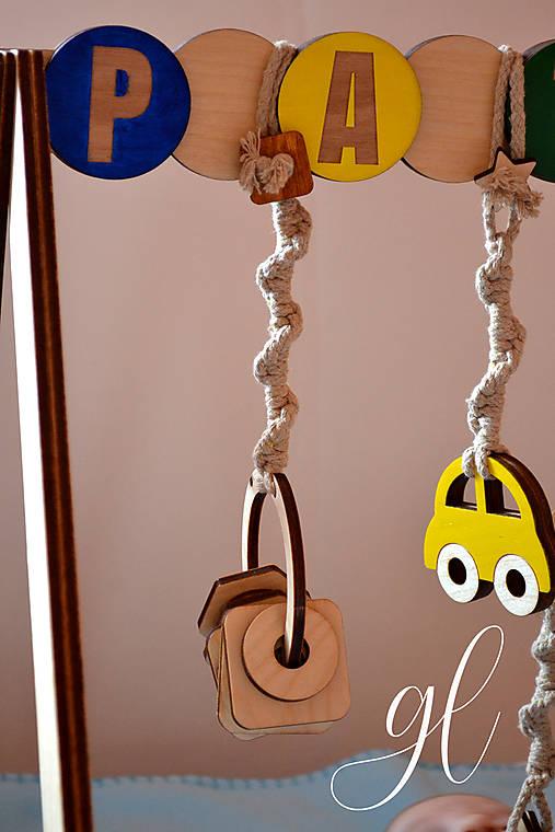 Drevená hrázdička pre deti (hrkálka)