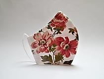Tvarované dvojvrstvové rúško - romantické kvety s drôtikom