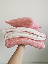 """Textil - Zimná deka a vankúšik """"Čičmany"""", OEKO-TEX®, pudrovo ružová / smotanová - 12645660_"""