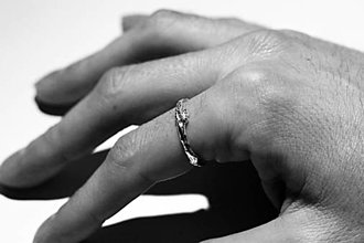 Prstene - Vetvičkový prsteň strieborný robustnejšie - 12646811_