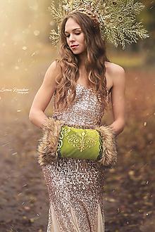 Rukavice - Elegantný hráškový rukohrej (muff) so zlatými aplikáciami - 12648887_
