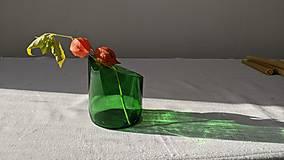 Dobrý obchod - Sviečka z včelieho vosku v brúsenom skle - zelená - 12655187_