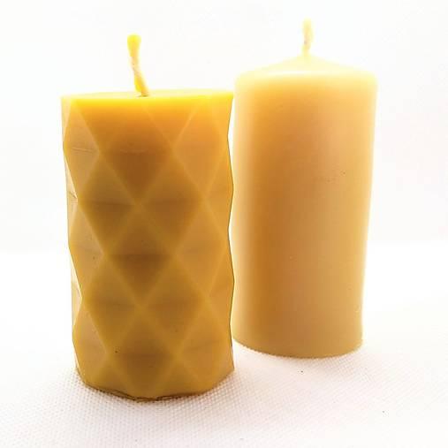 Sviečka z včelieho vosku valec