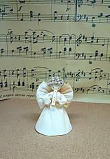 Dekorácie - Anjelik hudobník závesný - 12657388_