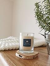 Svietidlá a sviečky - Prírodná vonná sviečka v skle   Bylinková - 12659435_