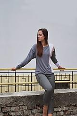 Tričká - Blúzka s kontrastnými pruhmi (Gray and powder) - 12658602_