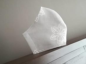 Rúška - Anatomicky tvarované bavlnené rúško /snehové vločky - 12664939_