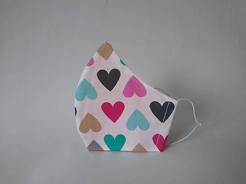 Dizajnové rúško srdcia rôzne tvarované dvojvrstvové