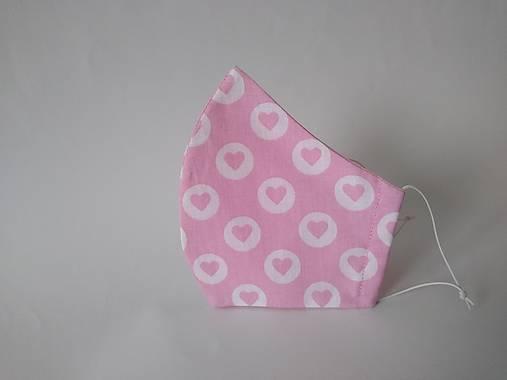 Dizajnové rúško so srdiečkami ružové tvarované dvojvrstvové