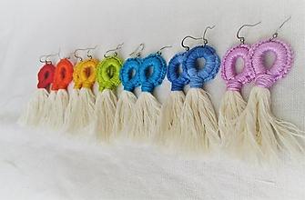 Náušnice - Farebné strapcové náušnice - 12661822_