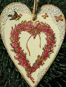 Dekorácie - Dekoračné srdce - Srdiečkový venček - 12662676_