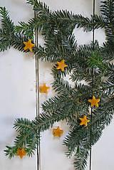 Dobrý obchod - Ozdoby z včelieho vosku - hviezdičky - 12665715_
