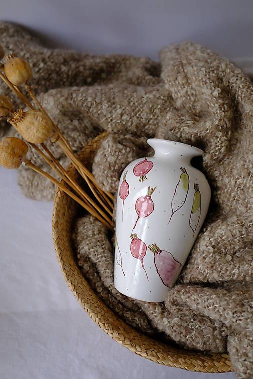 Váza Majolika s reďkovkami