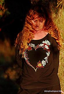 Tričká - Dámske tričko maľované VENČEK - 12667677_