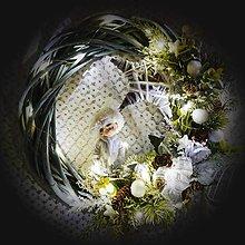 Dekorácie - Velký vánoční věnec s LED - Panáček a hvězda - 12672277_