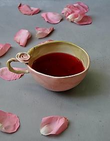Nádoby - Šálka slaboružovo-zelená  s ružou  (SA 4) - 12670232_