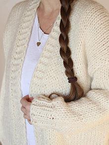 Svetre/Pulóvre - Ručne pletený hrubý vlnený sveter CHUNKY OVERSIZED - 12673355_