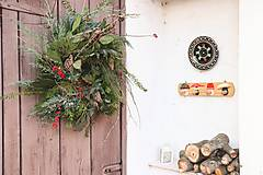 Dekorácie - Adventný vianočný veniec - 12675236_