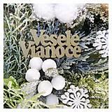 Dekorácie - Vianocny zasnezeny veniec biela modrá zlatá - 12676854_