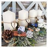 Dekorácie - Adventny svietnik drevene sane biela modra zlata - 12676866_