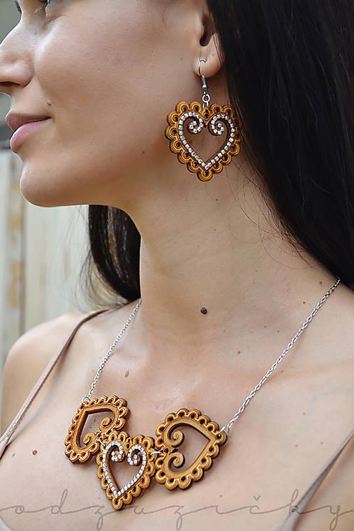 Folk náhrdelník Zuzička (Hnedá)