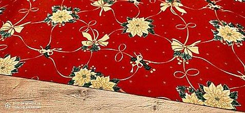 Textil - Bavlnená režná-Vianočná ruža na červenom- cena za 10 cm - 12682225_