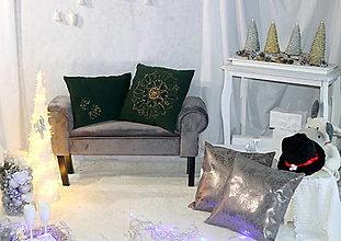 Úžitkový textil - smaragdovozelené vankúše - 12678567_