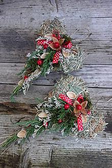 Dekorácie - Prírodná vianočná ozdoba - srdiečko zo sena - 12685753_
