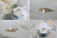 Prstene - Zlatý prsteň s mesačným kameňom - Bokeh Gold Moon - 12683275_