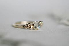 Prstene - Zlatý prsteň s mesačným kameňom - Bokeh Gold Moon - 12683280_
