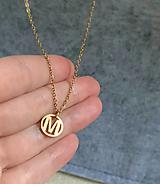 náhrdelník s iniciálou