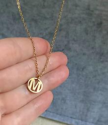 Náhrdelníky - náhrdelník s iniciálou - 12685897_