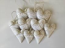 Dekorácie - Biele srdiečka s čipkou - 12689347_