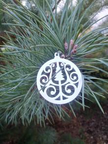 Dekorácie - Vianočné ozdoby 2 (Biela - stromček) - 12688246_