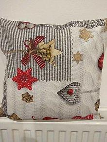 Úžitkový textil - Vankúš zlatý venček - 12698374_