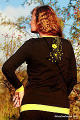 Tričká - Dámske tričko šité, maľované RAPSÓDIA V ŽLTOM - 12694774_