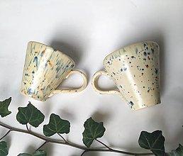 Nádoby - šáločky na kávičku - béžové, fŕkané - 12696060_