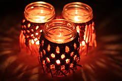 Handmade makramé svietniky na čajové sviečky v marhuľovej farbe VINTAGE