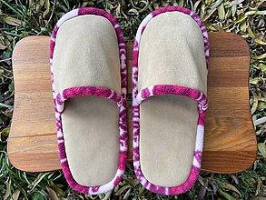 Obuv - Béžové papuče s ružovým lemom - 12693768_