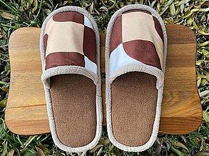Obuv - Hnedé papuče z poťahovky so vzorom - 12695167_