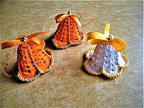 Dekorácie - Háčkované zvončeky - 12693930_