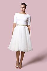 Šaty - Šaty biele s bodkovaným tylom - 12700818_